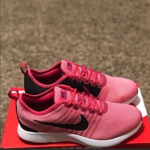 New Girl's Nike Dualtone Racer